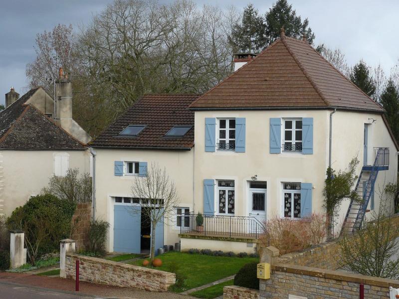 Maison de 200  m2 - Chalon-sur-Saône (71100)