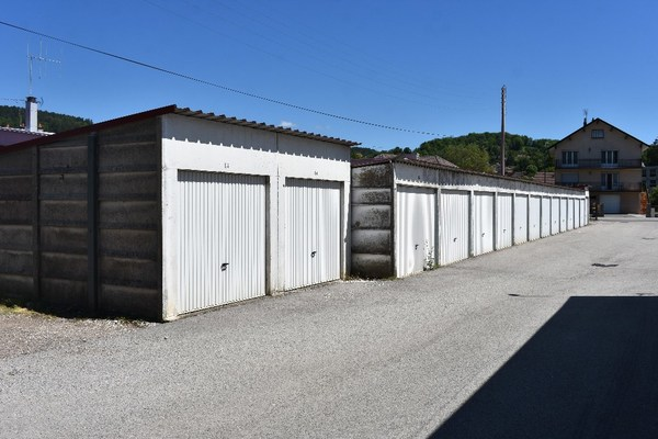 Garage (Stationnement) BAUME LES DAMES