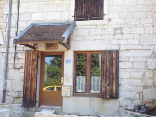 Maison de village SIMANDRE