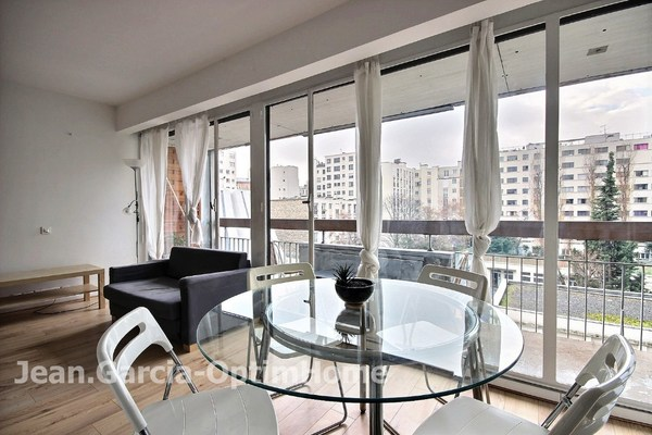 Appartement en résidence PARIS 15EME arr