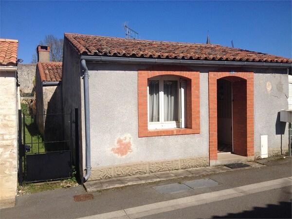 Maison de village CURZON