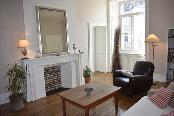 Appartement bourgeois BAUME LES DAMES