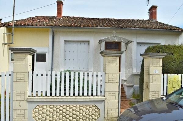 Maison de village FONTENILLE SAINT MARTIN D'ENT