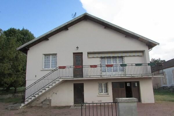 Maison individuelle SAINT BONNET DE VIEILLE VIGNE