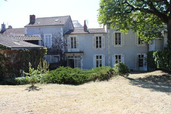 Maison bourgeoise PERIGUEUX