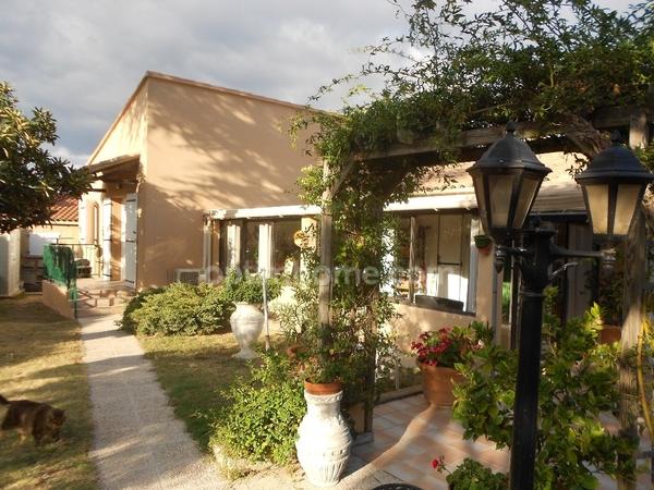 Villa SAINT VICTOR LA COSTE