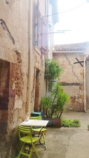Maison de village CEBAZAN