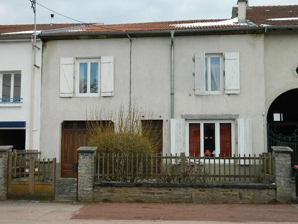 Maison de village CHAMPENOUX
