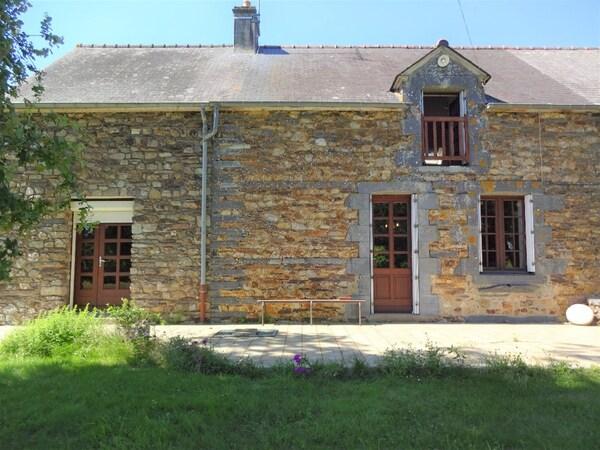 Maison MAURE DE BRETAGNE