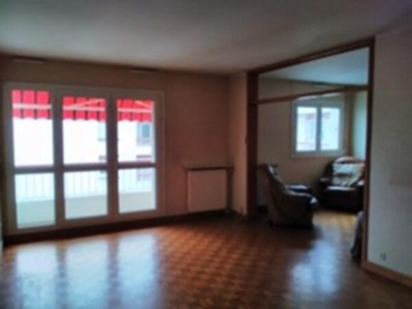 Appartement FLEURY LES AUBRAIS