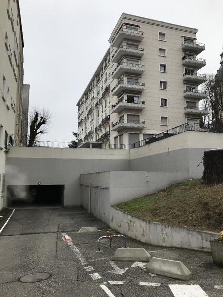 Garage (Stationnement) AIX LES BAINS