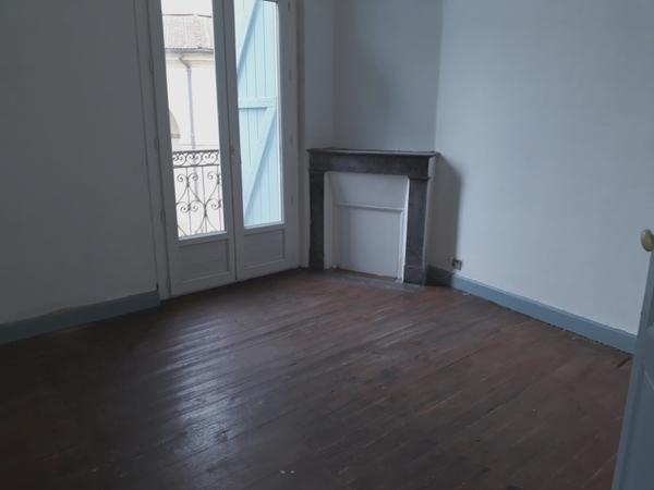 Appartement ancien AIRE SUR L'ADOUR
