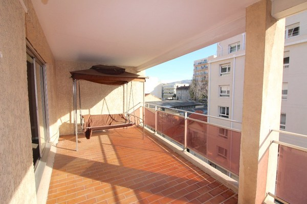 Appartement MARSEILLE 5EME arr