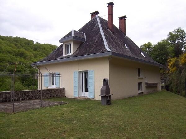 Maison en pierre PLEAUX