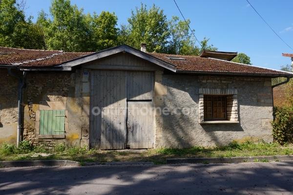 Maison à rénover BEUREY SUR SAULX