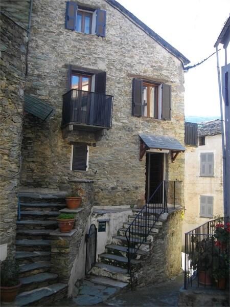 Maison de village PIEVE