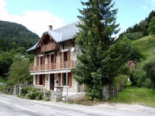 Maison bourgeoise SAINT PIERRE DE CHARTREUSE