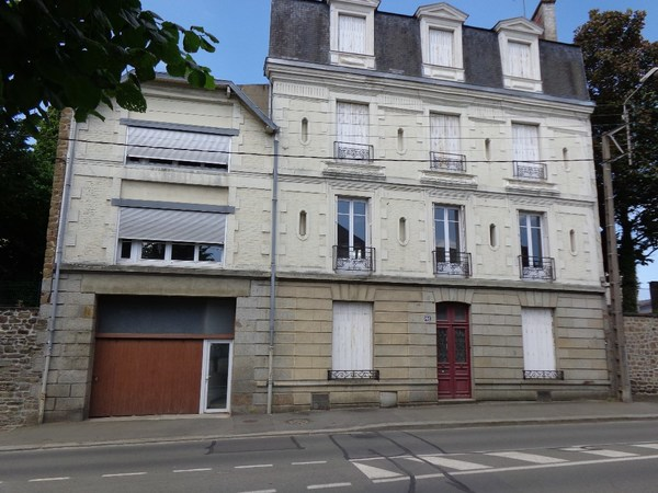 Appartement FOUGERES