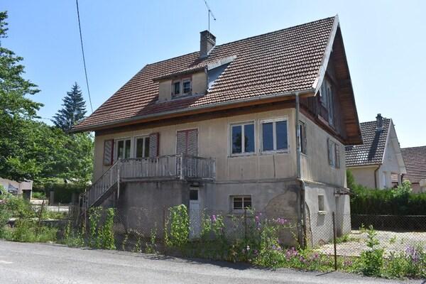 Maison à rénover BAUME LES DAMES
