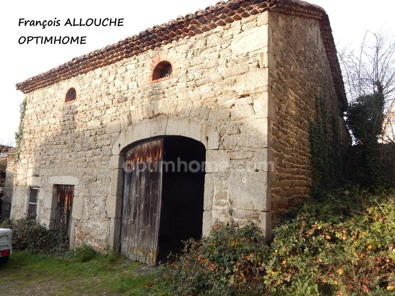 Grange de 115  m2 - Billom (63160)