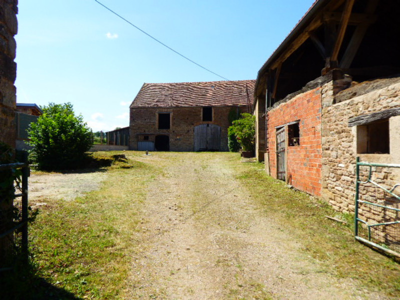 Maison à rénover de 86  m2 - Semur-en-Auxois (21140)