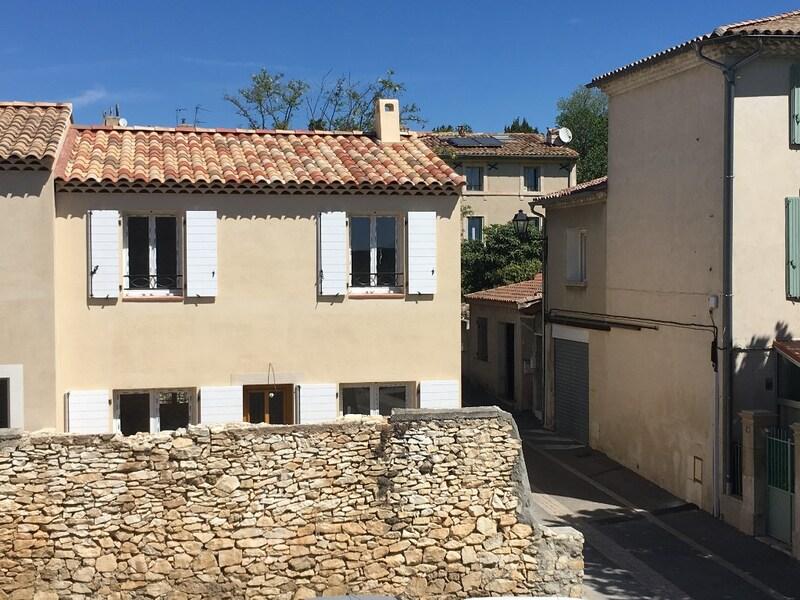 Maison contemporaine de 90  m2 - La Fare-les-Oliviers (13580)