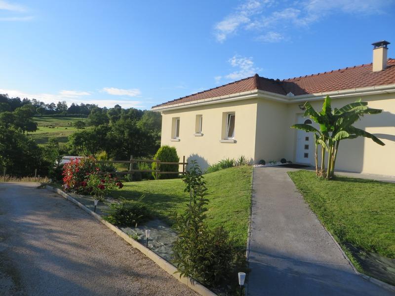 Maison de 112  m2 - Saint-Paul-des-Landes (15250)