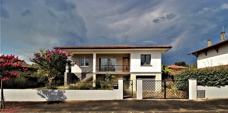 Maison de 159  m2 - Dax (40100)