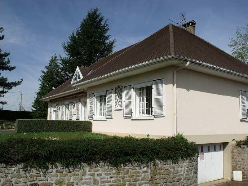 Maison de 252  m2 - Châtillon-sur-Thouet (79200)