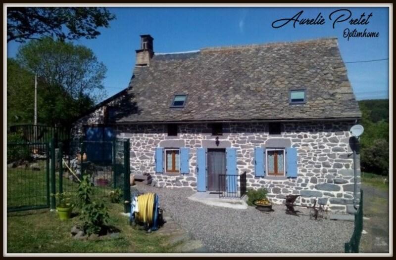 Maison en pierre de 79  m2 - Massiac (15500)