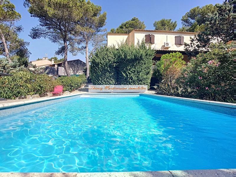 Maison de 242  m2 - Carnoux-en-Provence (13470)