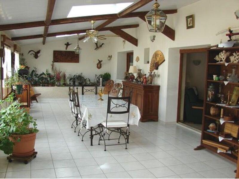 Maison de 190  m2 - Pleumartin (86450)