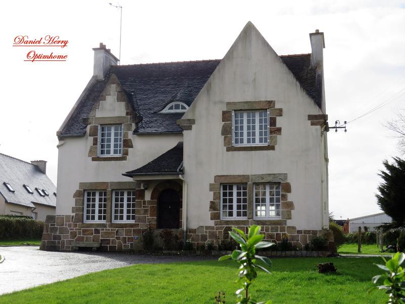 Maison de caractère de 165  m2 - Landivisiau (29400)