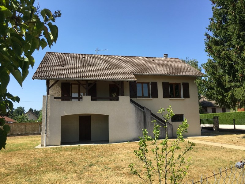 Maison de 95  m2 - Morestel (38510)