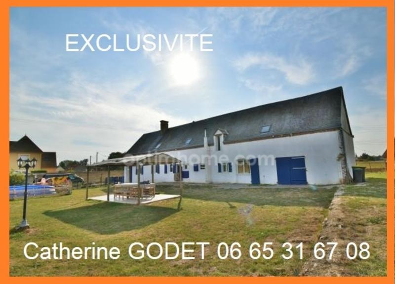 Maison de 228  m2 - Clévilliers (28300)
