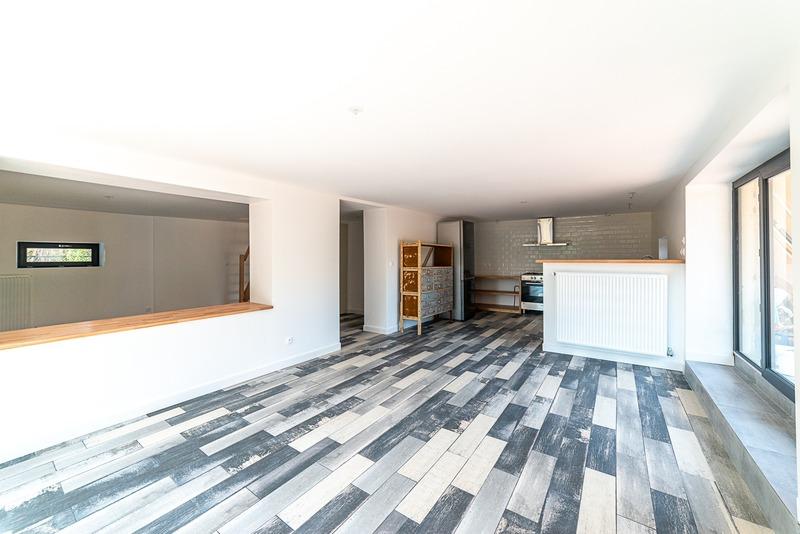Maison rénovée de 164  m2 - Péronnas (01960)