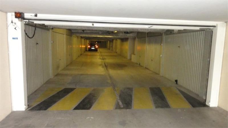 Garage (Stationnement) de   m2 - Saint-Laurent-du-Var (06700)