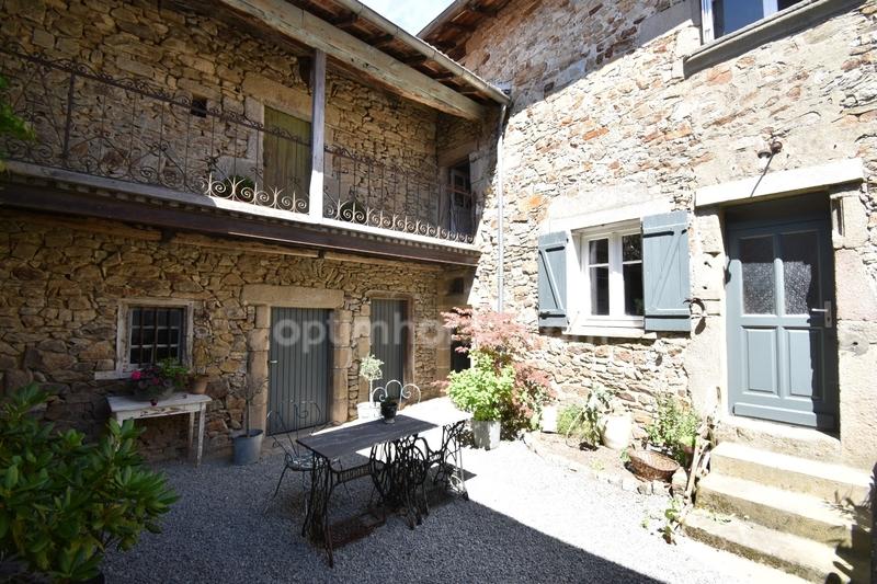 Maison de caractère de 230  m2 - Bourganeuf (23400)