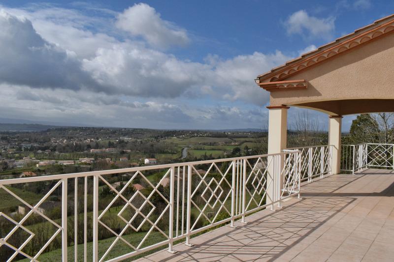 Villa de 160  m2 - Castres (81100)