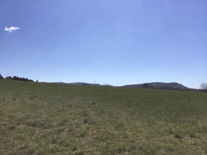 Terrain à aménager de   m2 - Plateau d'Hauteville (01110)