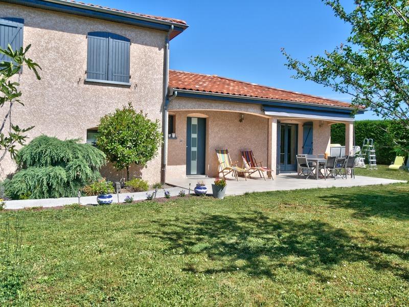 Maison de 104  m2 - La Roche-Blanche (63670)