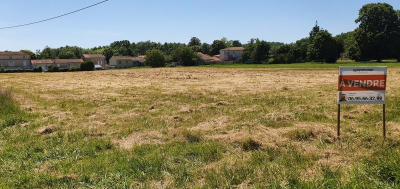 Parcelle de terrain de   m2 - Bassac (16120)