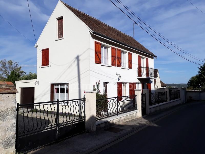 Maison de 128  m2 - Longueville (77650)