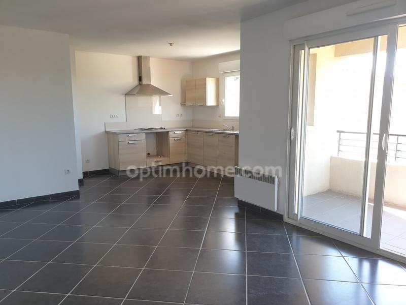 Appartement de 80  m2 - Fos-sur-Mer (13270)