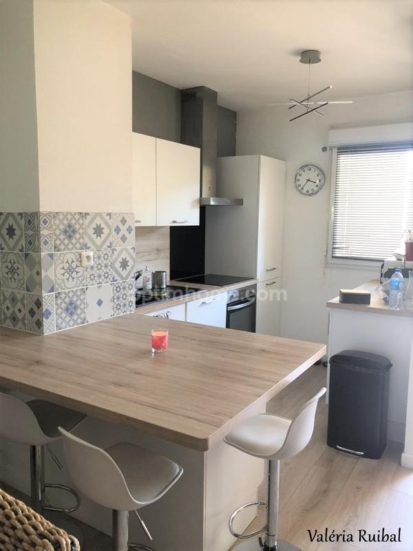 Appartement de 82  m2 - Ambarès-et-Lagrave (33440)