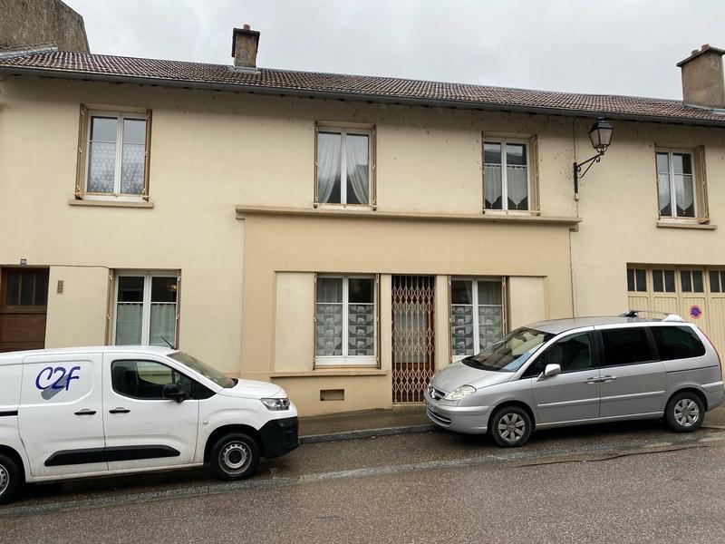 Maison de village de 250  m2 - Arnaville (54530)