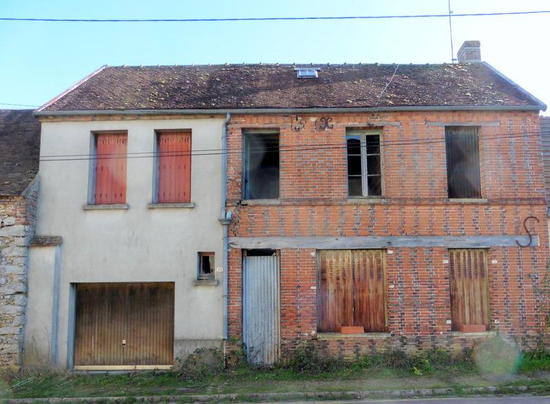 Maison de village de 140  m2 - Cerisiers (89320)