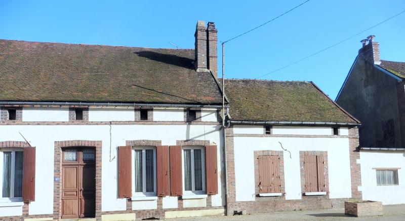 Corps de ferme de 120  m2 - Arces-Dilo (89320)