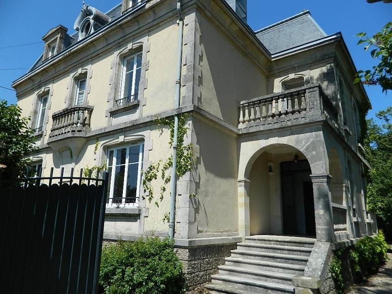 Maison de caractère de 320  m2 - Gerbéviller (54830)