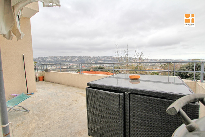 Appartement en résidence de 65  m2 - Saint-Laurent-du-Var (06700)
